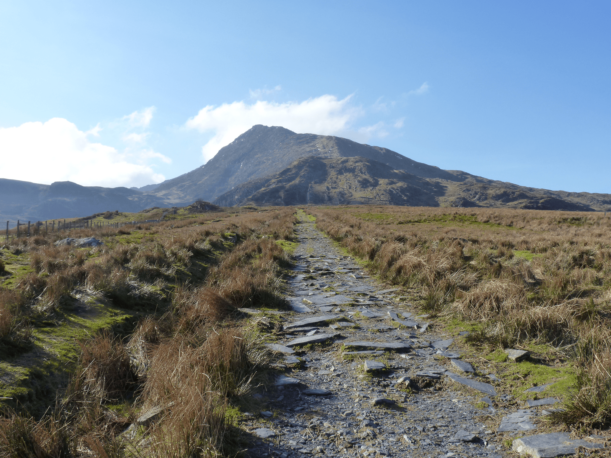 A stroll up a shapely hill....or Moel Siabod to use it's correct name!